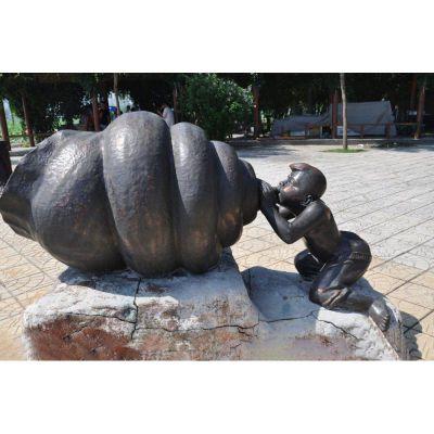 小男孩吹海螺铜雕