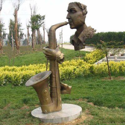 抽象吹萨克斯人物铜雕